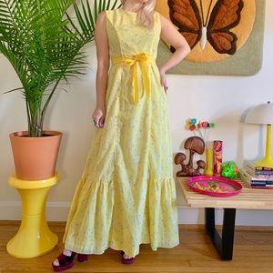 Vintage 70s yellow Hawaiian floral maxi dress S/M